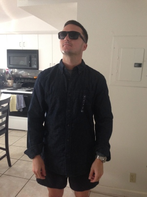 fashion show - Oakleys & Gap shirt